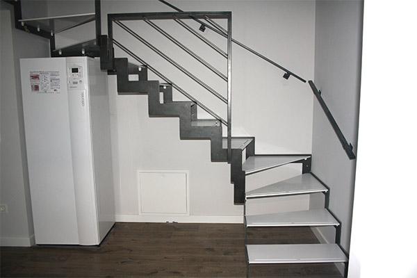 Tres Escaleras Modelo Villabona Met Licas Y De Dise O