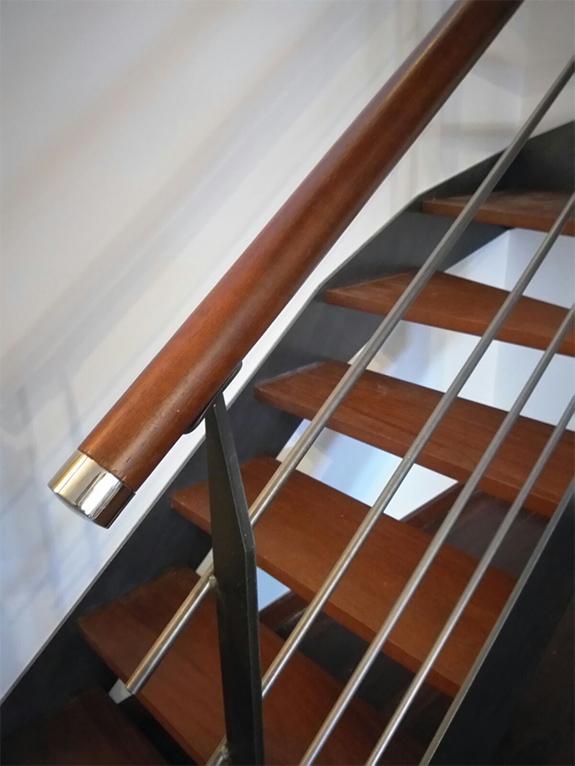 Fotos de pasamanos de madera good escalera jpg with fotos - Fotos de escaleras de madera ...