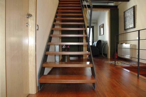 Escaleras en bilbao bizkaia de caracol de hierro de for Como trazar una escalera de metal