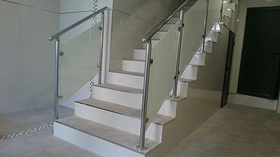 Barandillas de escaleras baratas latest barandas de - Escaleras escamoteables baratas ...