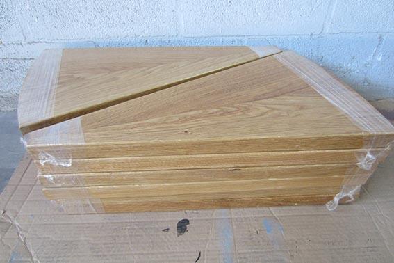 Escaleras met licas en pamplona navarra ibarkalde s l escaleras de caracol rectas - Peldanos de madera para escalera ...