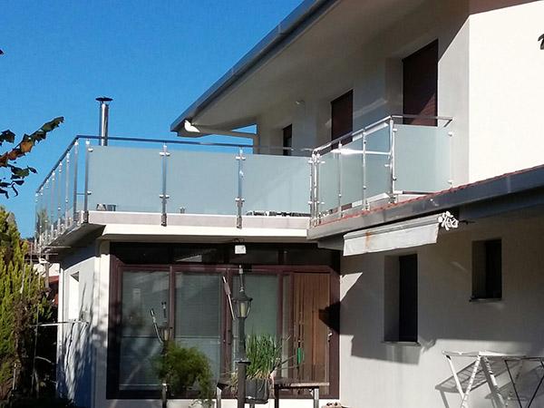 barandilla de acero inoxidable y vidrio para terraza