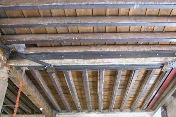 Refuerzos met licos para estructuras de madera en gipuzkoa - Angulos de madera ...