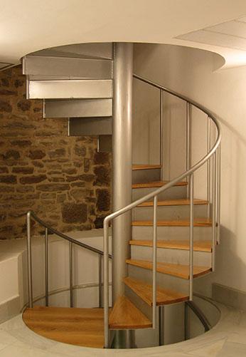 Barandillas en gipuzkoa de hierro acero inoxidable for Escalera exterior de acero galvanizado precio