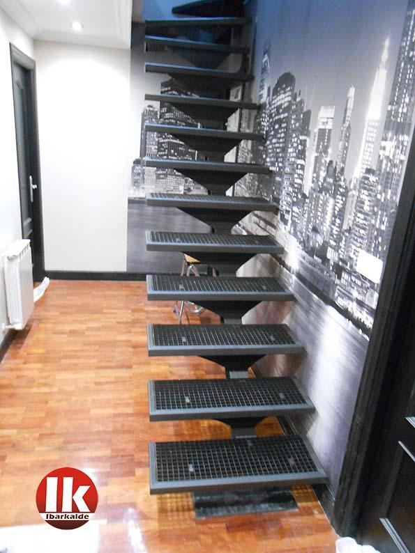 ventajas de una escalera de herreria en donostia san sebastian gipuzkoa