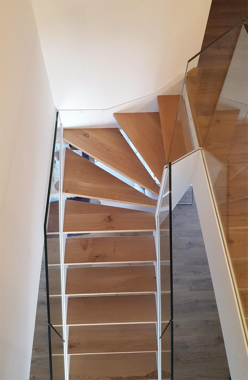 Escalera modelo l niz escalera de doble zanca con - Modelo de escaleras ...