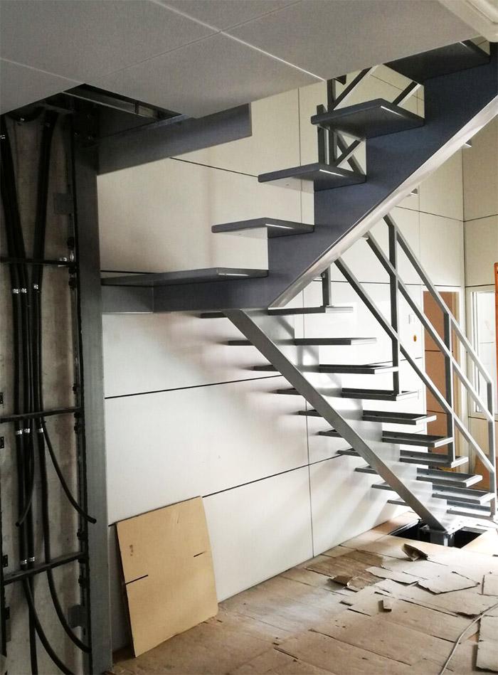 Escalera de dos tramos escalera de dos tramos convertible con peldao ancho with escalera de dos - Escalera dos tramos ...