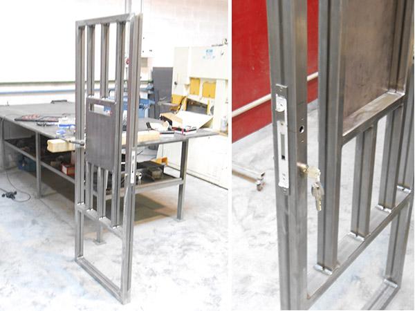 Puerta batiente de acero galvanizado para acceso a terreno - Puerta de acero galvanizado ...