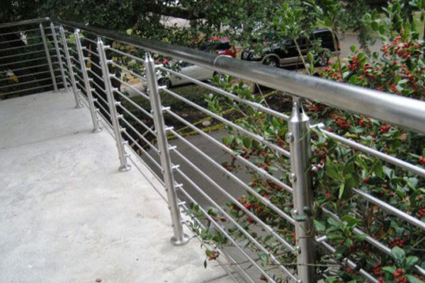 fabricamos balcones para viviendas de gipuzkoa en acero inoxidable