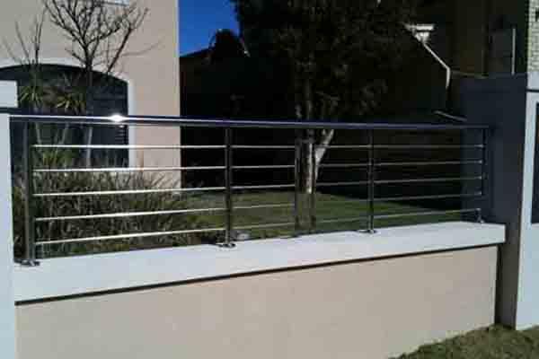 Cerramientos ibarkalde s l panel h rcules deploy arquitectura tr mex - Vallas de acero inoxidable ...