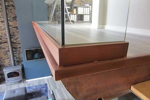 pintura en acero corten para perfiles de barandillas de cristal en gipuzkoa