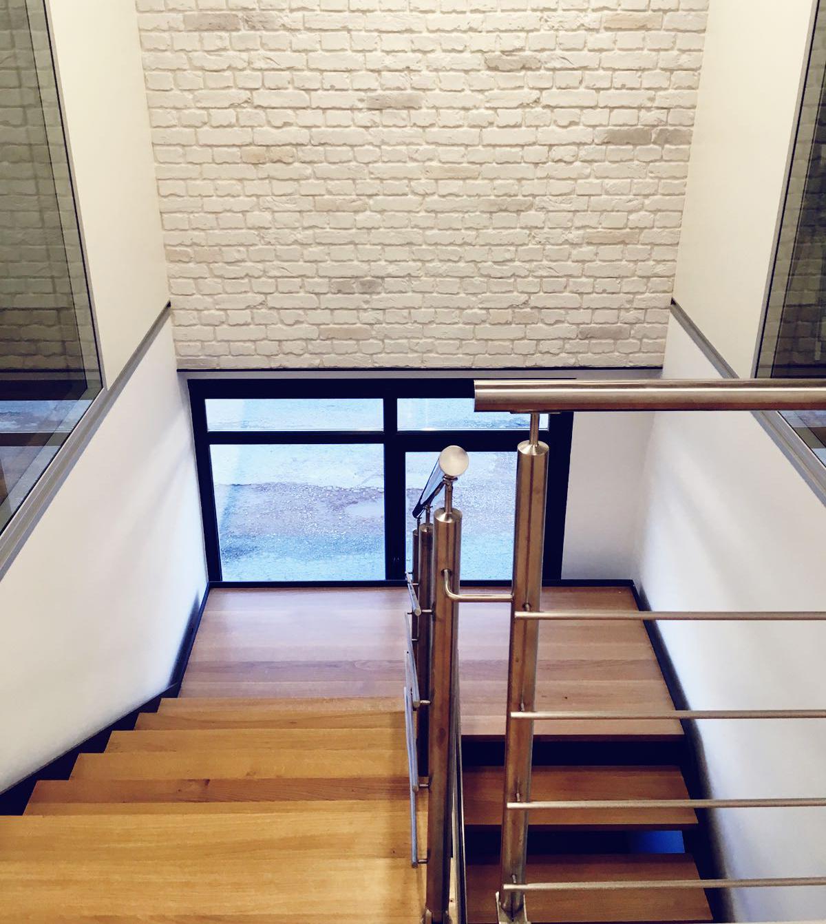 Escaleras metalicas interior escalera de caracol con - Escaleras de ladrillo ...